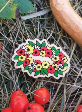 """BROOCH """"WREATH WITH RED FLOWERS"""""""