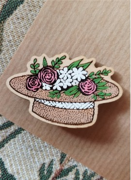 "BROOCH ""HAT WITH FLOWERS"""